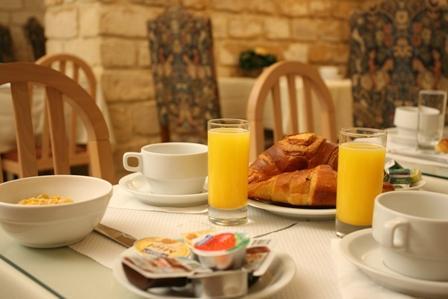 Cheap Paris Hotels: Hotel California Saint Germain