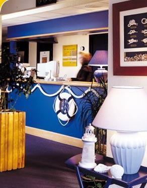 Cheap Paris Hotels: Hotel Stars Paris Evry Courcouronnes